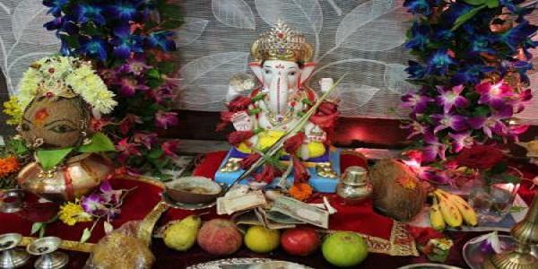 गणेशजी की पूजा के बाद इन चीजों को रखें तिजोरी में होता है धन लाभ